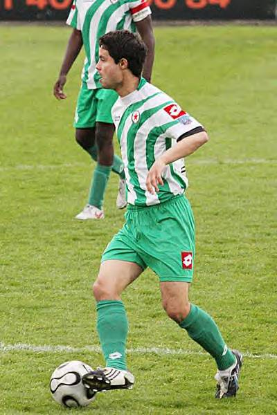 La derni�re apparition de Vincent Fourneuf, avec le maillot du Red Star devant Montlu�on, ce soir l�, Vincent �tait rempla�ant. � Jacques Martin